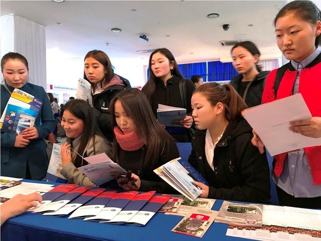 Университет успешно представлен на образовательной ярмарке в Монголии