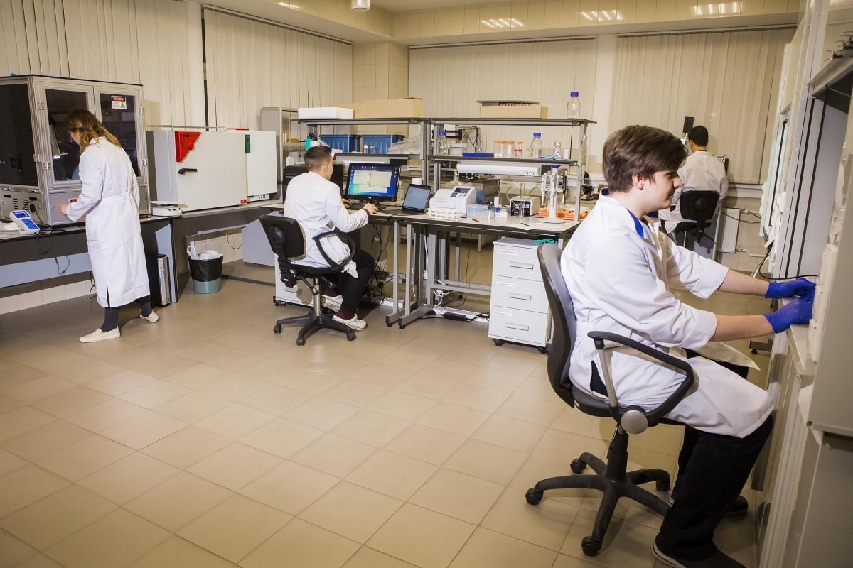 Российские ученые научились печатать кожу на пациенте