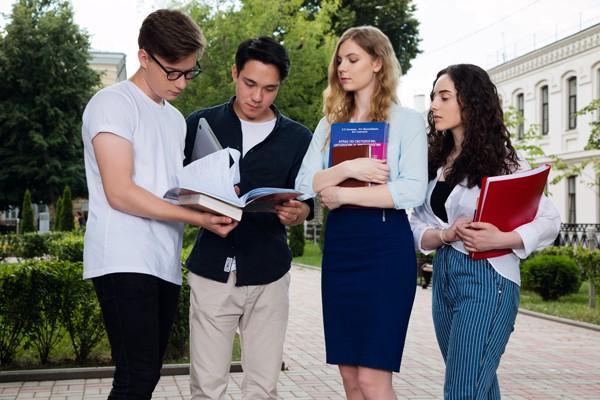Международные онлайн школы Сеченовского Университета привлекли более 1500 иностранных слушателей