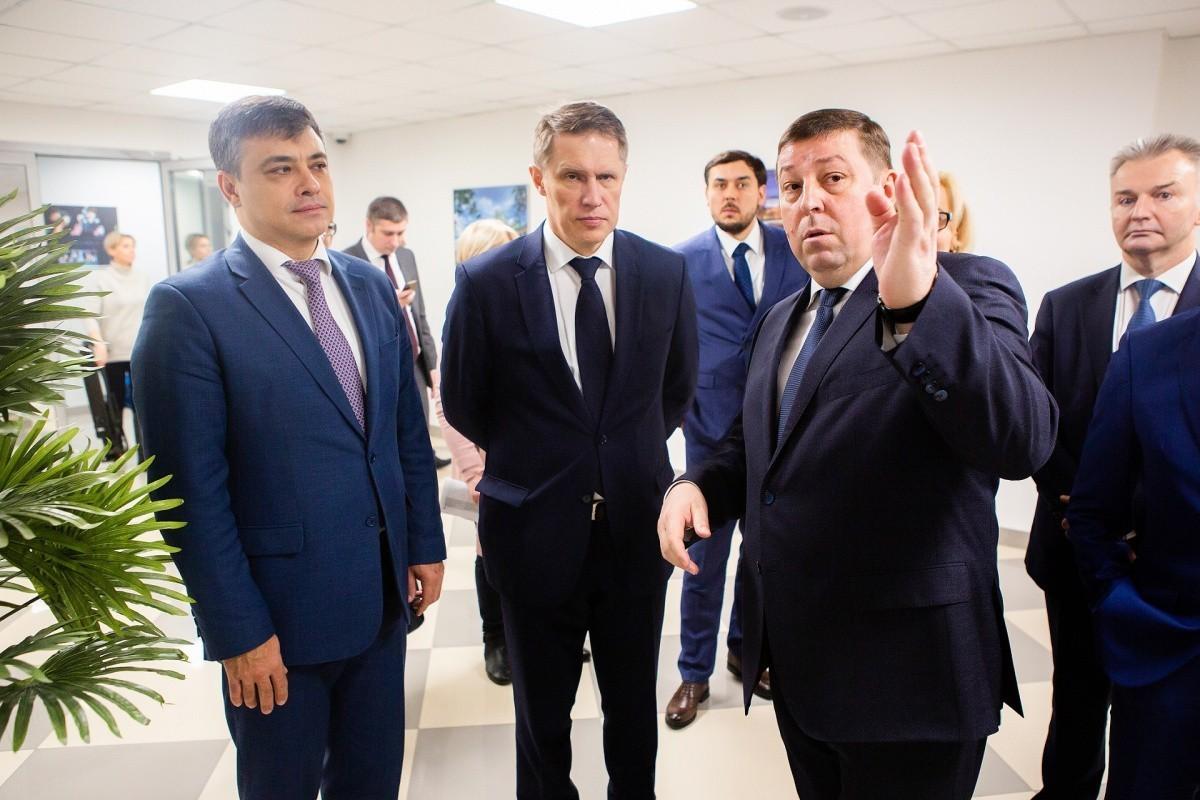 Министр здравоохранения высоко оценил потенциал единственного в России Института электронного медицинского образования