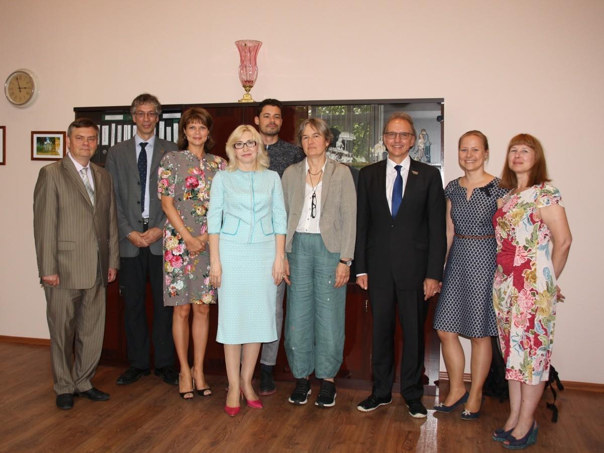 Сеченовский университет первым в России получил европейскую аккредитацию магистерской программы Public Health — «Общественное здравоохранение»
