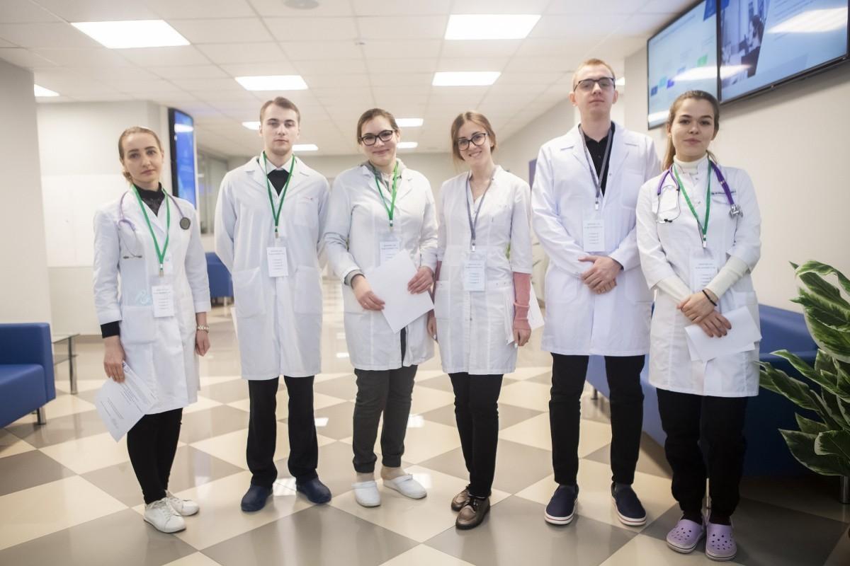 """Студенты медицинских вузов встретились на олимпиаде """"Я - профессионал"""""""