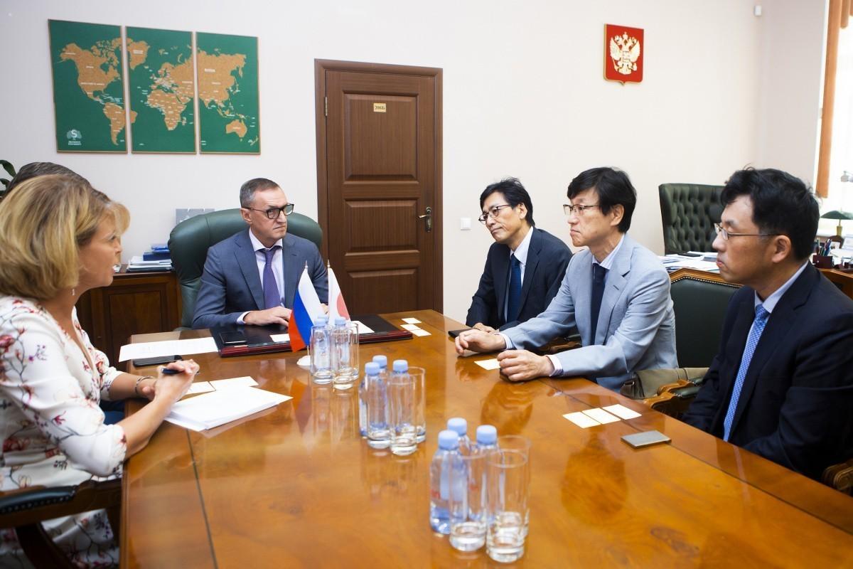 Сеченовский Университет посетила делегация медицинской школы Ниигаты