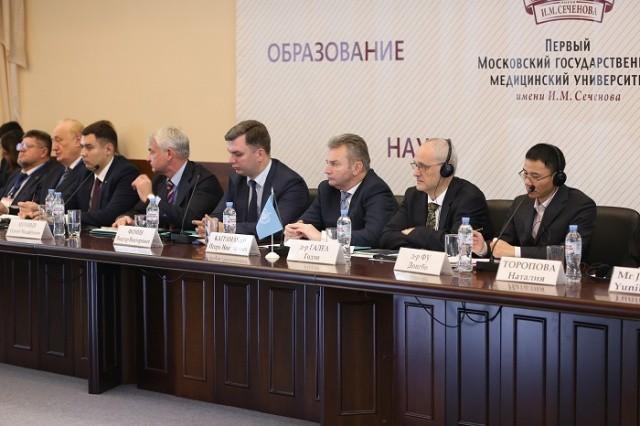 Политиков здравоохранения Центральной Азии и Восточной Европы научат бороться с табачной зависимостью