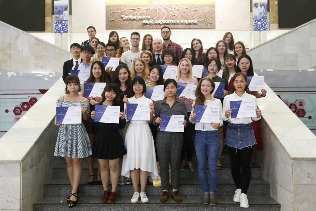 Иностранные студенты на практике в Сеченовском университете