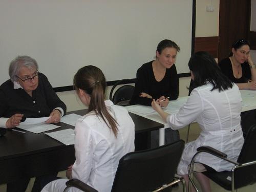 В Институте профессионального образования подведены итоги экзамена по допуску обучаемых к осуществлению медицинской или фармацевтической деятельности на должностях среднего медицинского или среднего фармацевтического персонала