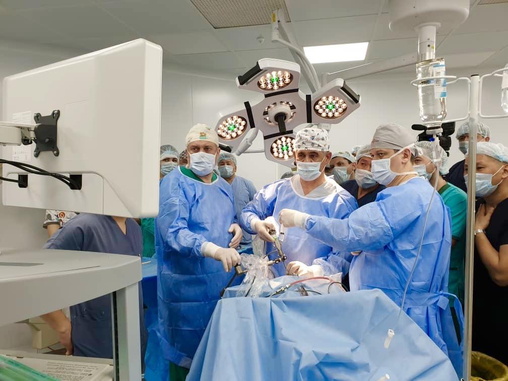 Нейрохирурги Института клинической медицины им. Н.В. Склифософского провели международный мастер-класс в Бишкеке