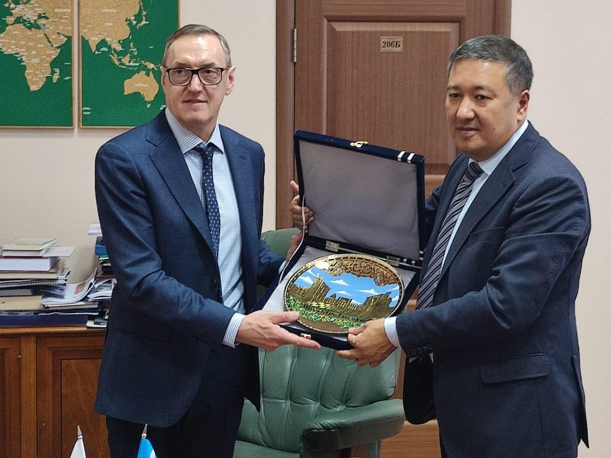 Встреча с ректором Самаркандского ГМИ