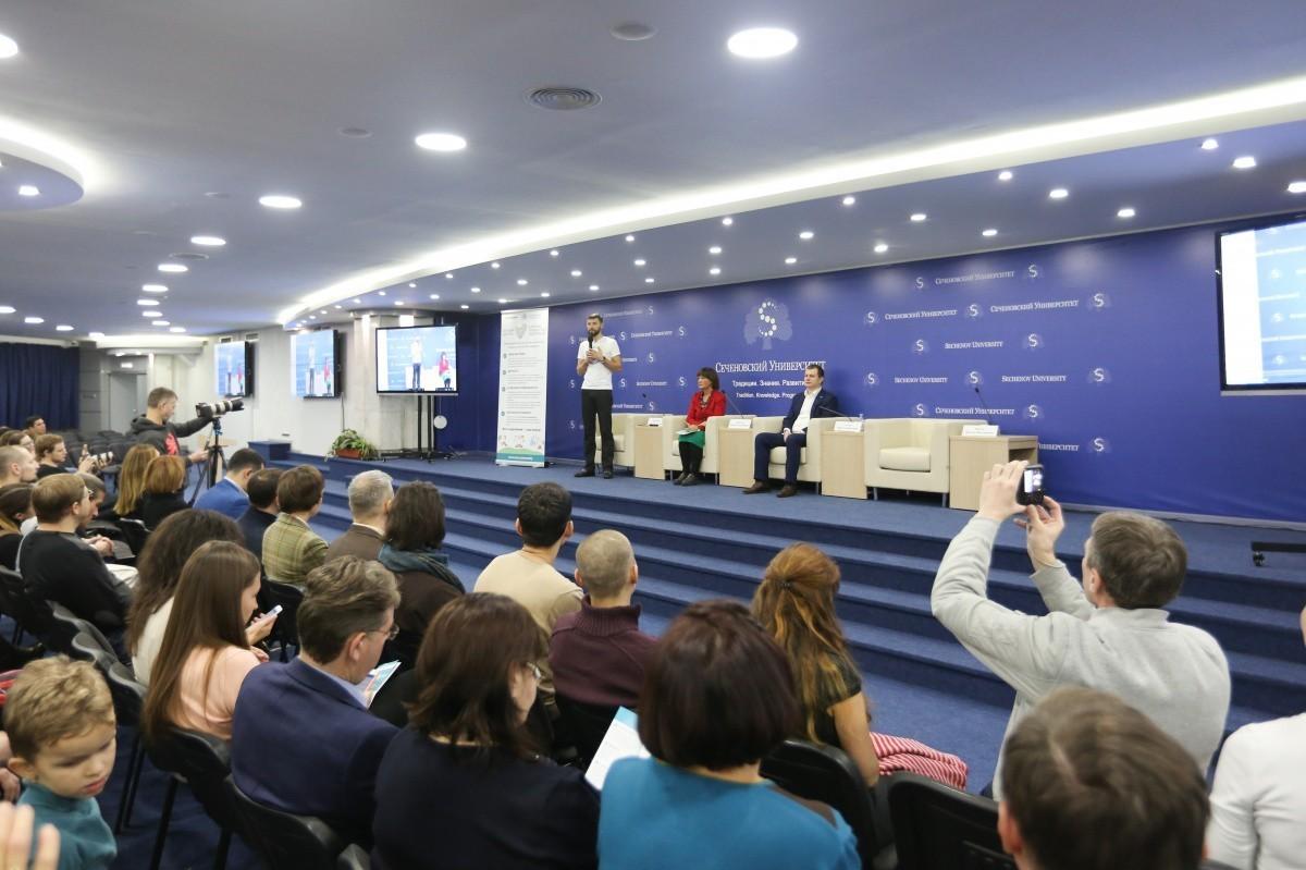 Сеченовский университет представил онлайн школу управления здоровьем