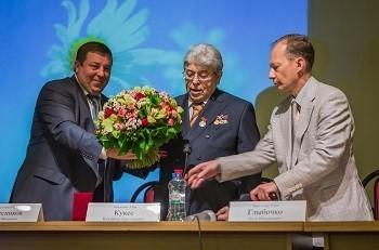 Открытие конференции ознаменовалось вручением В.Г. Кукесу медали «За заслуги перед Первым МГМУ им. И.М. Сеченова»