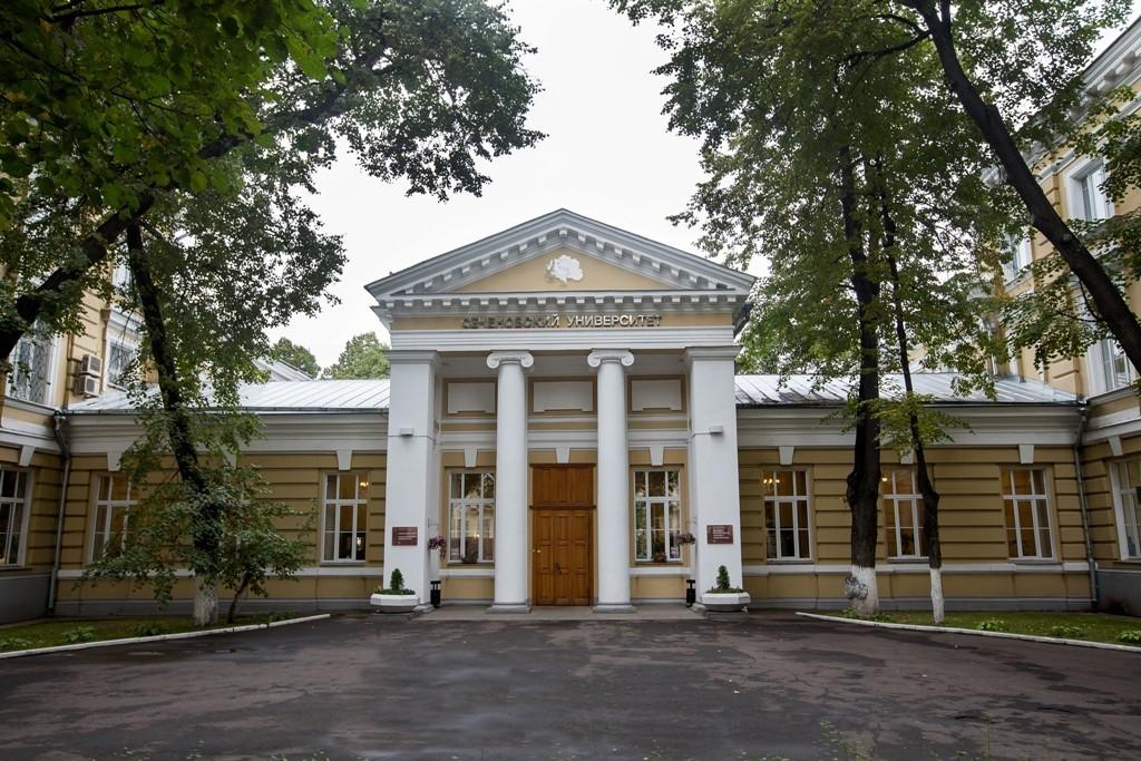 Сеченовский университет назван лучшим вузом для медиков