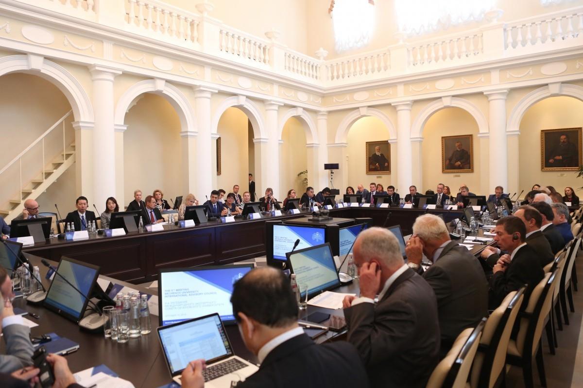 Заседание МЭС: на повестке развитие научного потенциала Сеченовского университета
