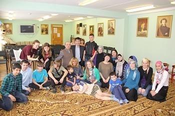 Иностранные студенты Первого МГМУ им. И.М. Сеченова порадовали детей-сирот кукольным спектаклем