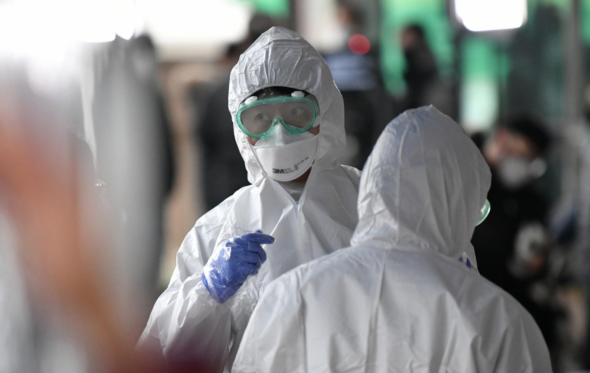 Koronavirus: ÜST dünyanı qorxu altında saxlayır – SƏBƏB